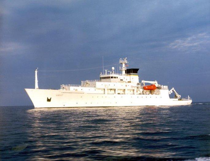 The USNS Bowditch, một tàu khảo sát đại dương học của Mỹ. Ảnh: Reuters