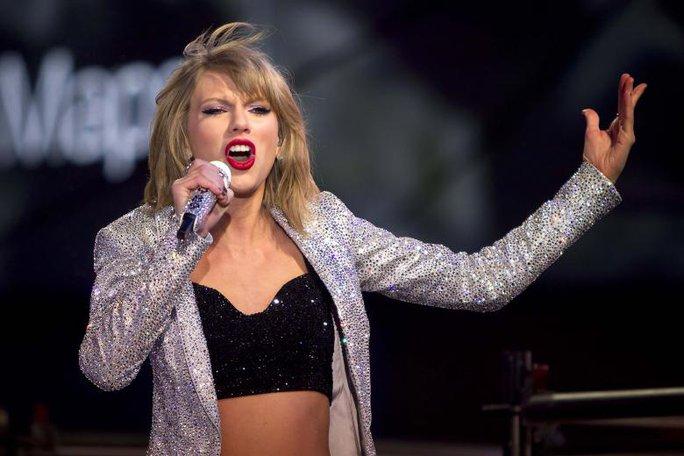 Taylor Swift kiếm được 170 triệu USD trong năm 2016