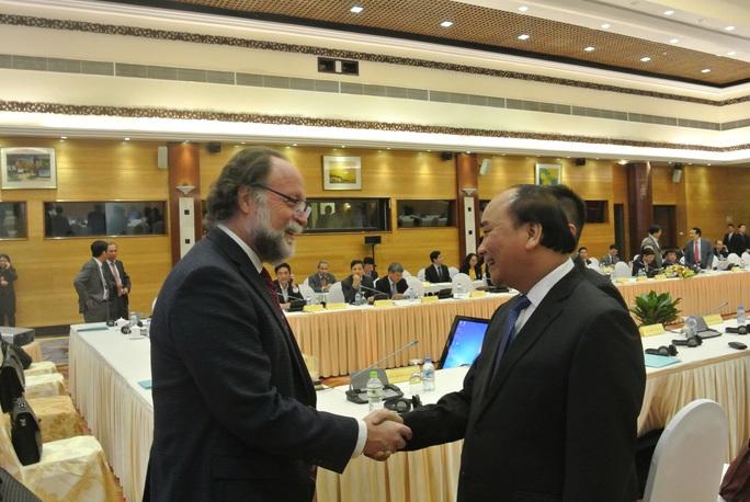 Thủ tướng Nguyễn Xuân Phúc và GS Ricardo Hausmann