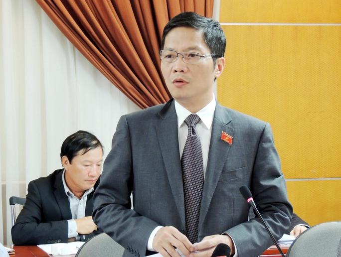 Bộ trưởng Bộ Công Thương Trần Tuấn Anh báo cáo, giải trình trước Tổ Công tác của Chính phủ