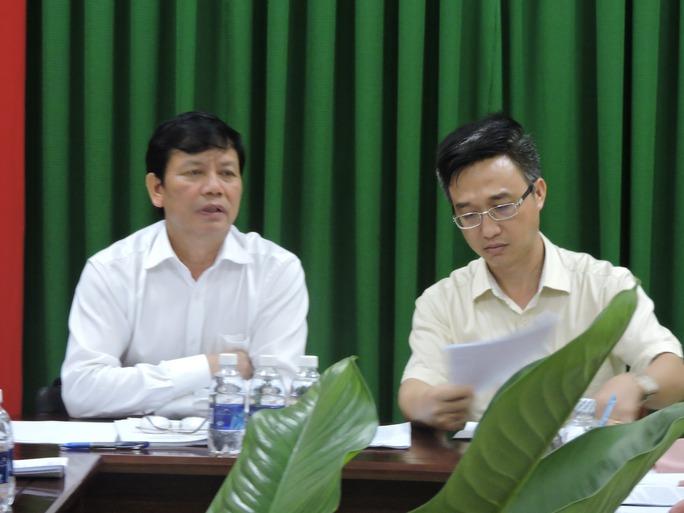 Thứ trưởng Nguyễn Trọng Đàm (ảnh trái), ông Đặng Minh Thông, Phó chủ tịch UBND tỉnh BR-VT