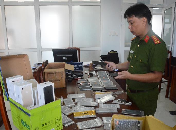 Hàng chục chiếc Iphone 7 nhập lậu về Việt Nam đã bị công an thu giữ