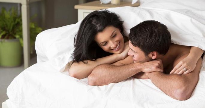 Tình dục đều đặn khoảng 1-2 lần mỗi tuần đem lại nhiều lợi ích sức khỏe bất ngờ