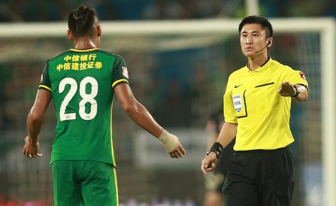 Trọng tài Fu Ming sẽ bắt chính trận Việt Nam tiếp Indonesia trên sân nhà Mỹ Đình