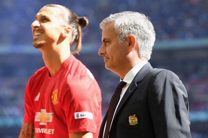 Ibrahimovic: Vì Mourinho, tôi phải chấp nhận thử thách