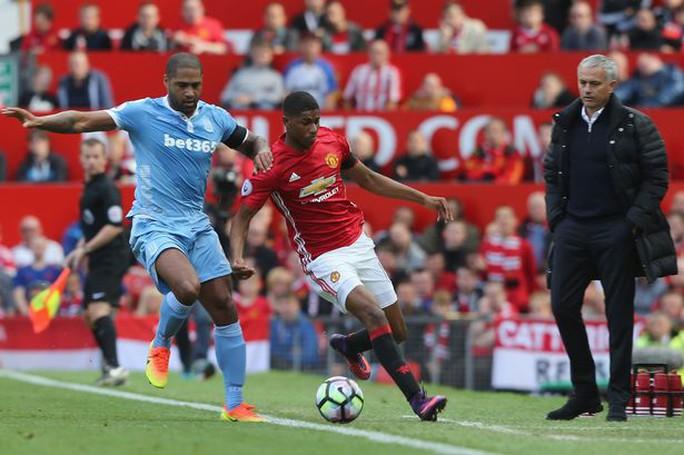 Mourinho: Đáng ra M.U phải thắng 6-0