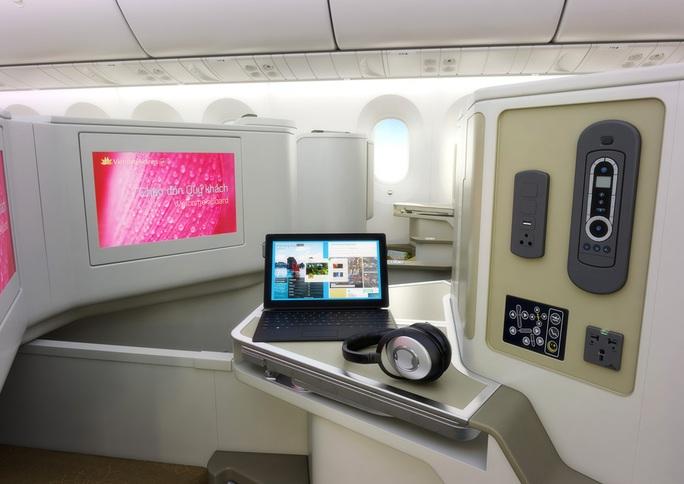 Tiện ích giải trí trên máy bay Boeing 787-9