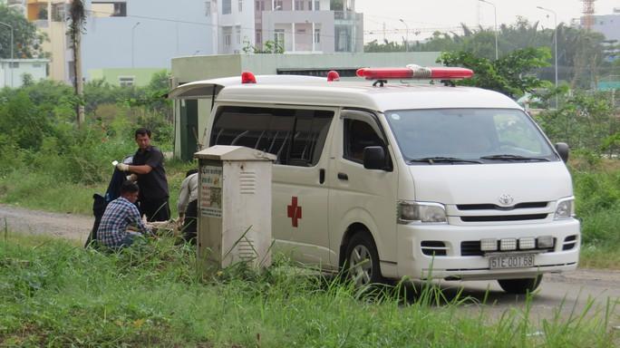 Chiều cùng ngày, thi thể nạn nhân được chuyển về nhà xác