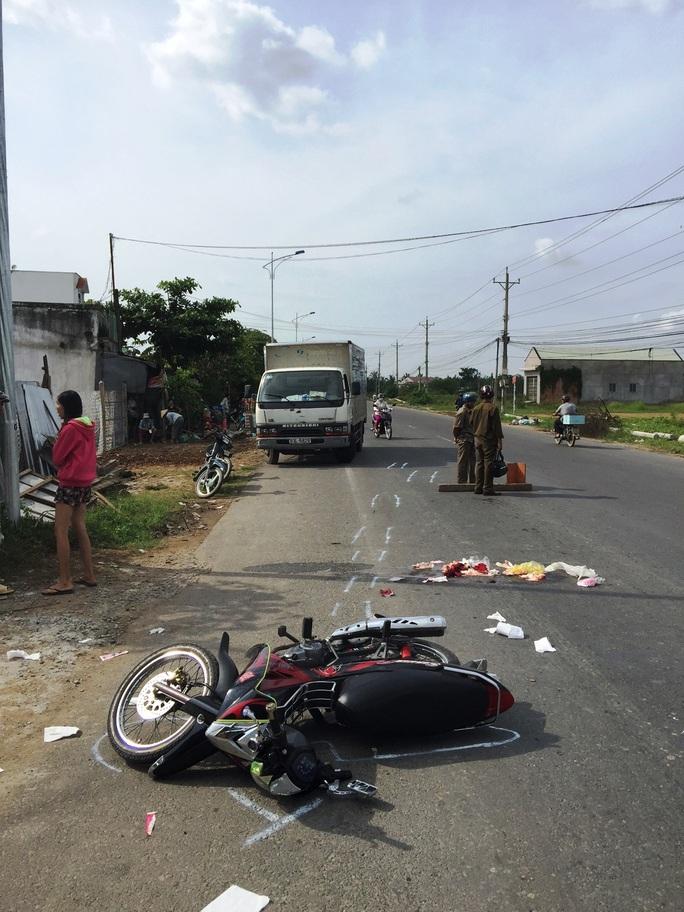Hiện trường vụ tai nạn sau khi xe tải bỏ chạy bị bắt lại