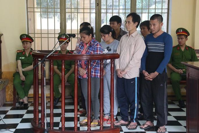 7 bị cáo bị phạt tổng cộng 70 năm tù
