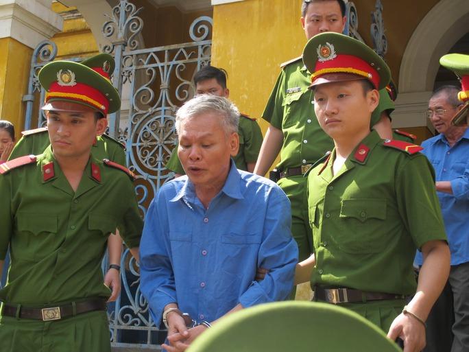 Bị cáo Vũ Quốc Hảo trong đại án tham nhũng tại Công ty Cho thuê tài chính 2 thuộc Ngân hàng Nông nghiệp và Phát triển nông thôn Việt Nam
