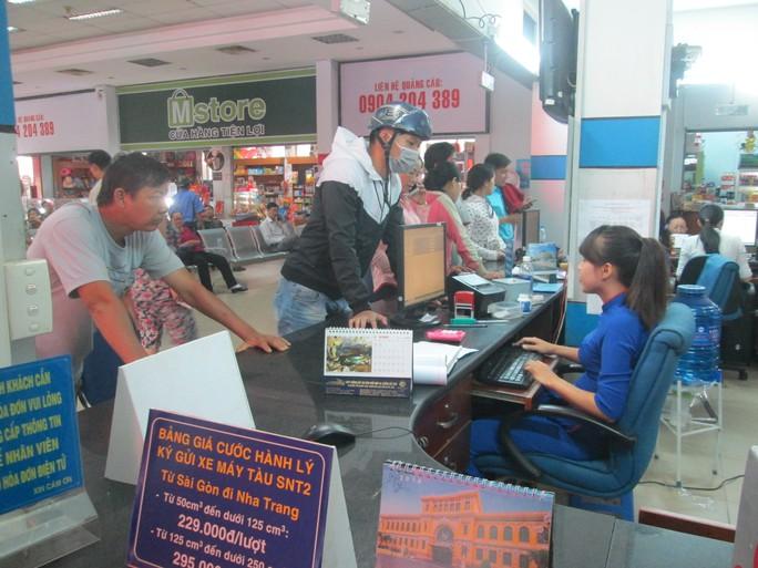Từ ngày 1-10 ga Sài Gòn bắt đầu bán vé tàu tết cho các cá nhân