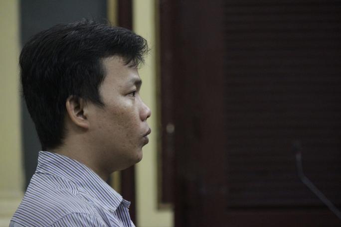 Bị cáo Huỳnh Đông Nhật tại tòa.