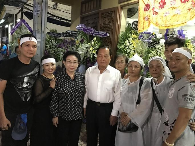 Ông Lê Thanh Hải - nguyên bí thư Thành ủy TPHCM đến viếng tang lễ sầu nữ Út Bạch Lan