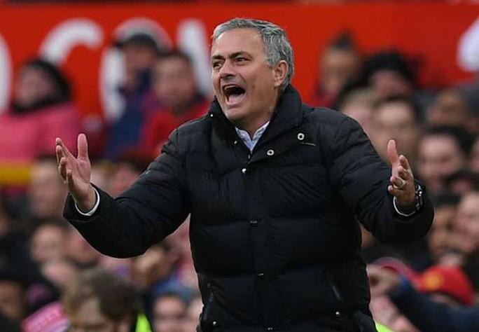 HLV Mourinho một lần nữa tiếc nuối vì M.U không thắng