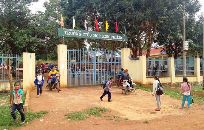 Trường Tiểu học Kon Chiêng, nơi bà Vân công tác trước khi nghỉ việc