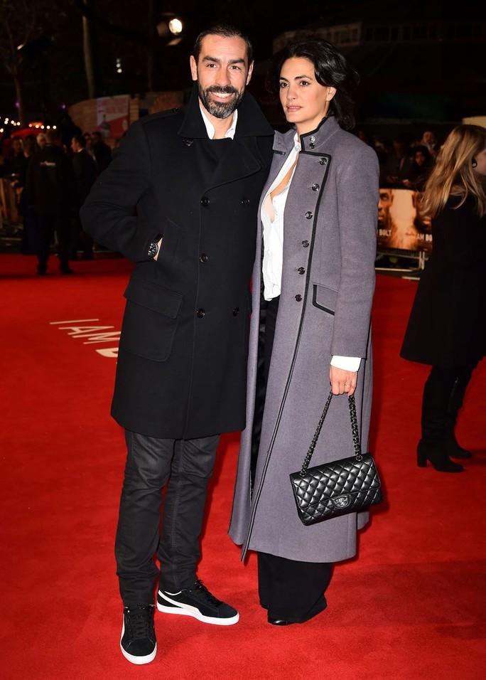 Vợ chồng Robert Pires - Jessica Lemaire