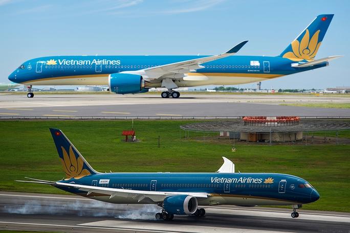 Hai loại máy bay thế hệ mới Boeing 878 và Airbus A350 của Vietnam Airlines được đưa vào khai thác các chuyến bay theo khung giờ chẵn, chặng bay Hà Nội - TP HCM và ngược lại - Ảnh minh hoạ