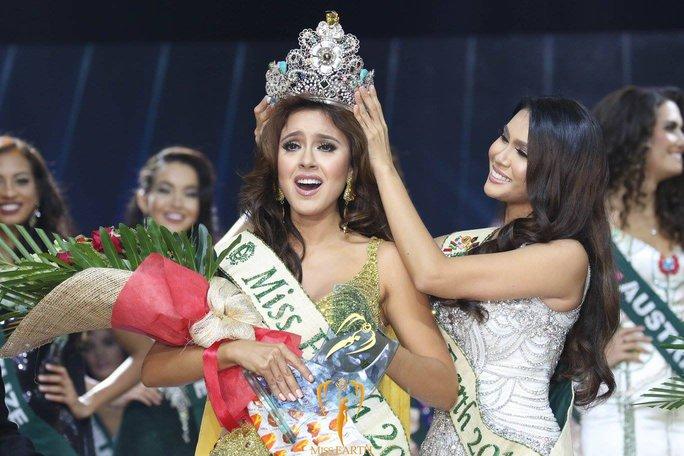 Hoa hậu Ecuador đăng quang ngôi vị Hoa hậu Trái Đất 2016