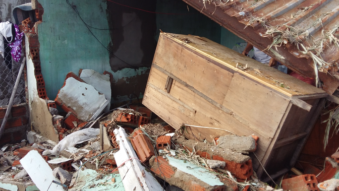 Một nhà dân ở xã Phước Thuận, huyện Tuy Phước bị sập hoàn toàn trong đợt mưa lũ vừa qua