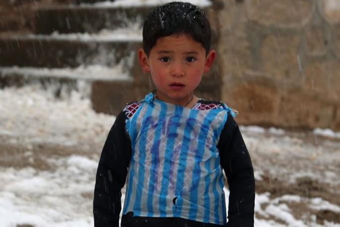 Ahmadi với chiếc áo rác có dòng chữ Messi từng gây sốt mạng xã hội