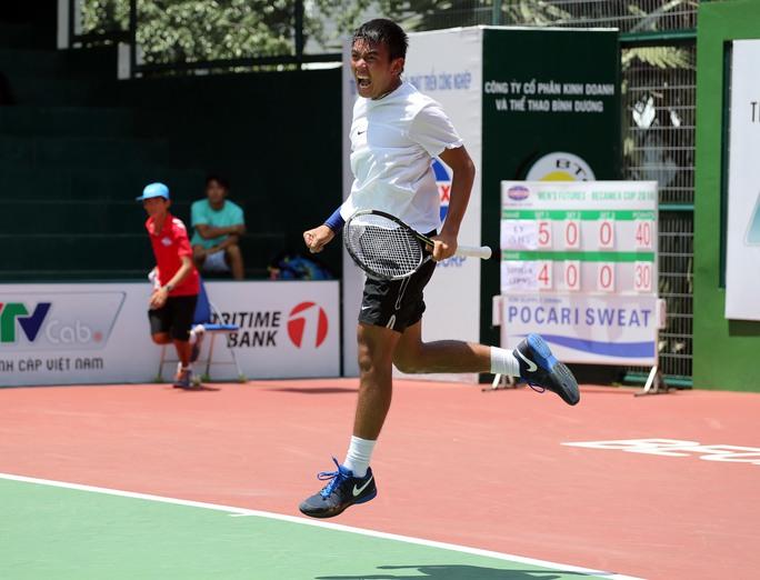 Hoàng Nam phấn khích sau chiến thắng ở trận chung kết đơn giải Futures đầu tiên trong sự nghiệp