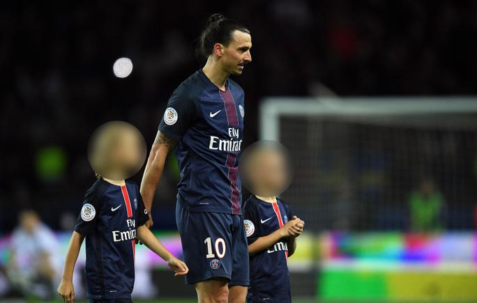 Ibrahimovic và 2 con trai khi còn ở PSG