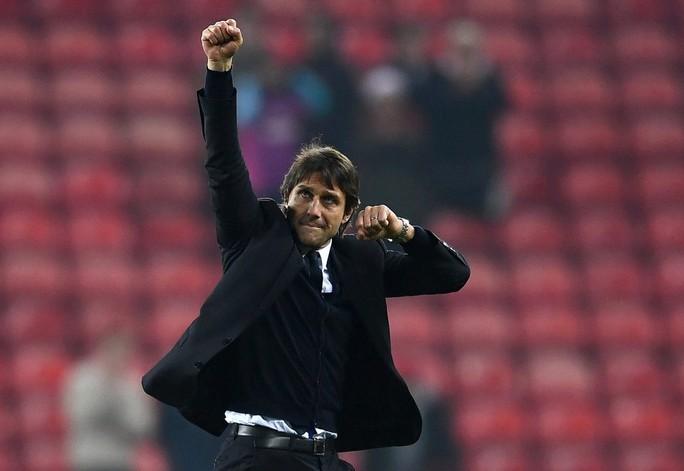 Chelsea của Conte đương nhiên được đánh cao cho danh hiệu vô địch
