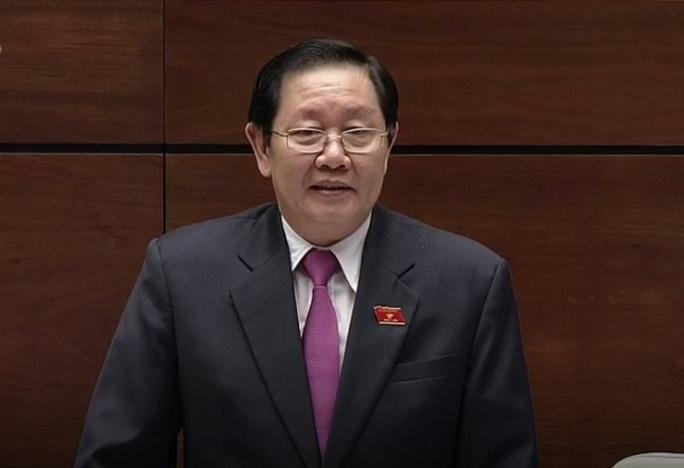 Bộ trưởng Bộ Nội Lê Vĩnh Tân trả lời chất vấn