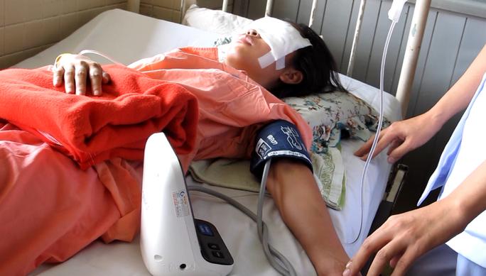 Nữ sinh viên gặp nạn trên đường đi thăm thầy cô