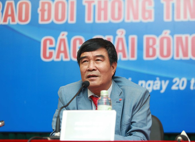 Ông Nguyễn Xuân Gụ phát biểu tại buổi họp báo