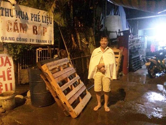 Ông Trần Minh Đức chưa hết bàng hoàng sau khi bị kẻ ngáo đá truy sát (Ảnh CTV)