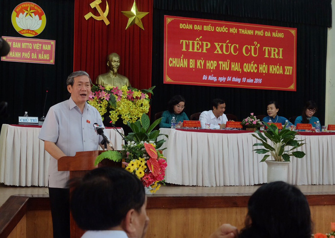 Tiếp xúc cử tri tại Đà Nẵng, ông Đinh Thế Huynh cho biết khi nào có nguyên nhân vụ 2 máy bay quân sự rơi sẽ công bố rộng rãi cho nhân dân