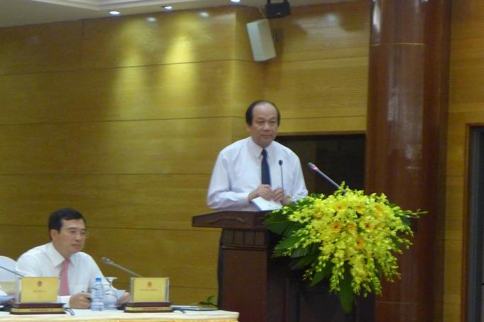 Bộ trưởng Mai Tiến Dũng cho biết sẽ xử lý vụ việc ông Vũ Huy Hoàng theo Điều lệ Đảng và quy định của pháp luật - Ảnh: Bảo Trân