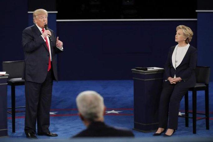Ông Trump tỏ ra chủ động dù chịu nhiều bất lợi trước cuộc tranh luận. Ảnh: Reuters