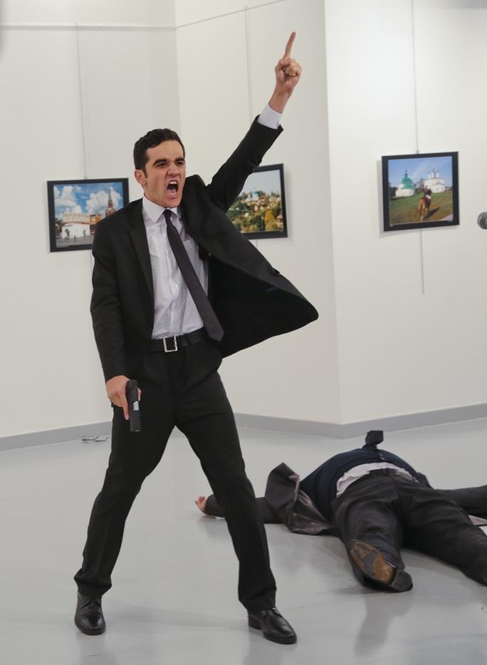 Thủ phạm giết Đại sứ Nga tại Thổ Nhĩ Kỳ Andrei Karlov - Mevlut Mert Altintas. Ảnh: DAILY MAIL