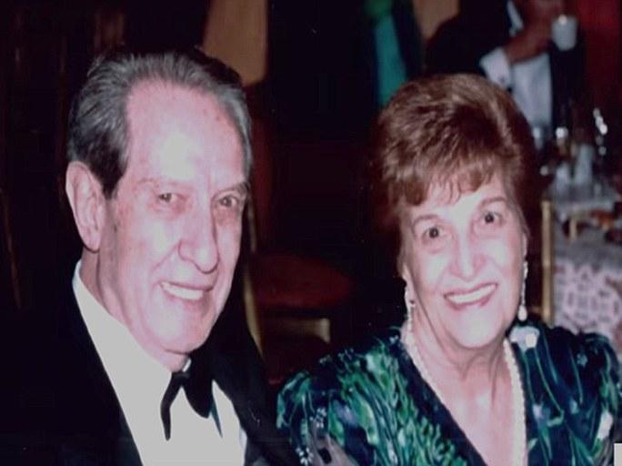 Ông Fernández và vợ Cinia González Díez Ảnh: DAILY MAIL