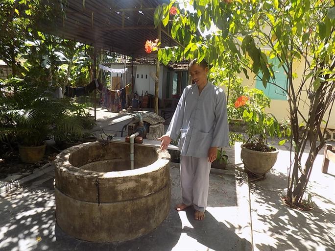 Xưa kia trong quá trình đào giếng để lập chùa phát hiện có pho tượng Phật.