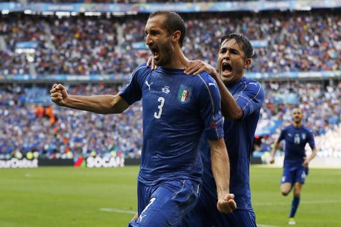 Chiellini trong màu áo tuyển Ý
