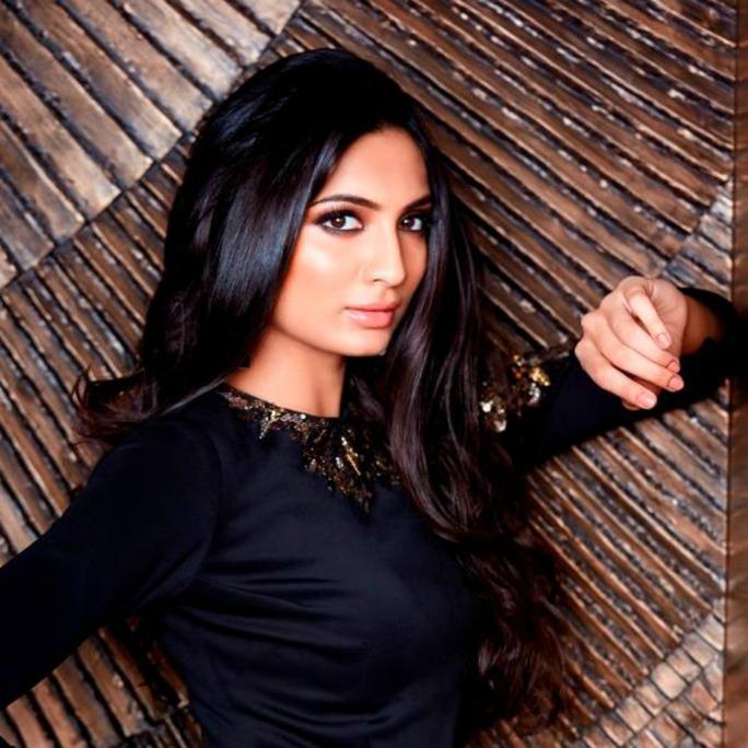 Roshmitha Harimurthy là người mẫu nhưng cũng là người kinh doanh