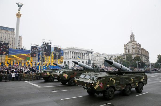 Ukraine sẽ tiến hành thử nghiệm tên lửa gần bán đảo Crimea - một động thái chọc giận Nga. Ảnh: Reuters