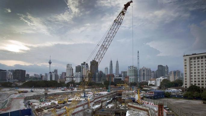 Công trình xây dựng Trung tâm Tun Razak do quỹ 1MDB phát triển ở Kuala Lumpur. Ảnh: Bloomberg