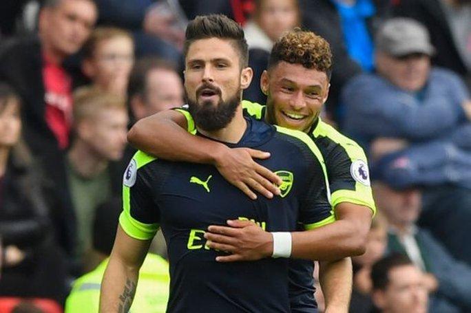 Giroud và Chamberlain chưa chắc sẽ ở lại Arsenal