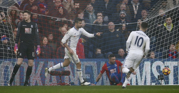 Costa ghi bàn duy nhất giúp Chelsea duy trì mạch thắng