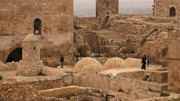 Bên trong thành lũy lịch sử của Aleppo ngày 11-12-2009. Ảnh: Reuters