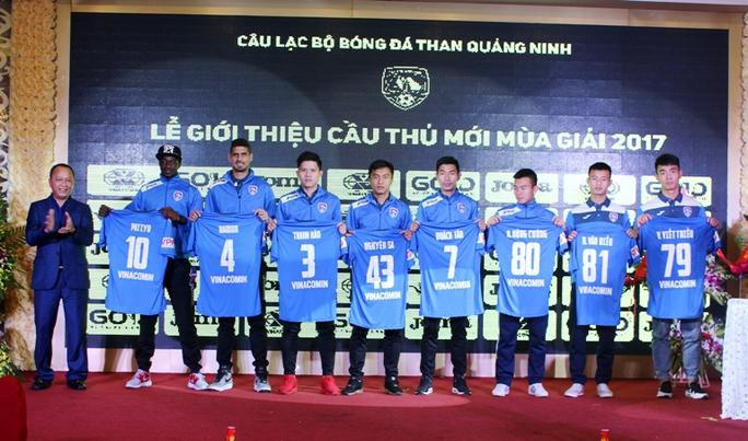 Lễ xuất quân mùa của CLB bóng đá Than Quảng Ninh mùa giải 2017