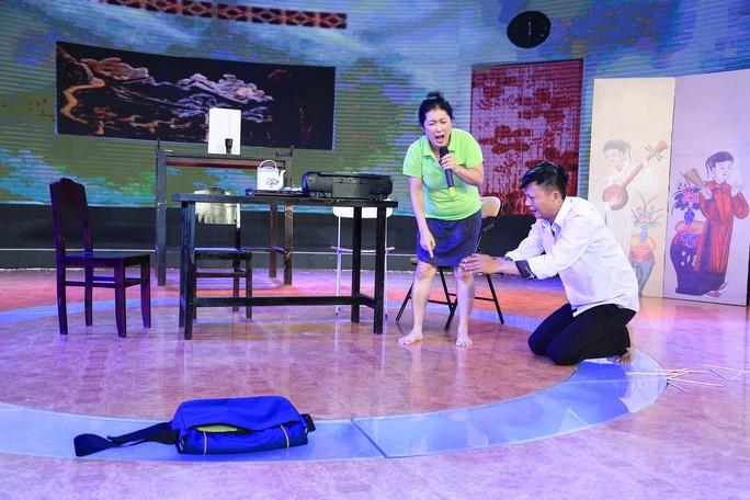 Sư phụ Thanh Thủy khóc cười cùng môn sinh Đăng Trình trên sàn tập