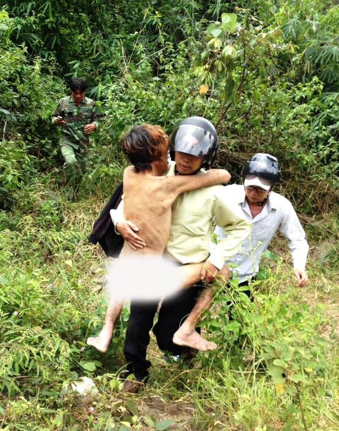 Anh Nguyễn Toàn Lộc sống sót kỳ diệu sau 4 ngày mất tích, không ăn trong rừng sâu.