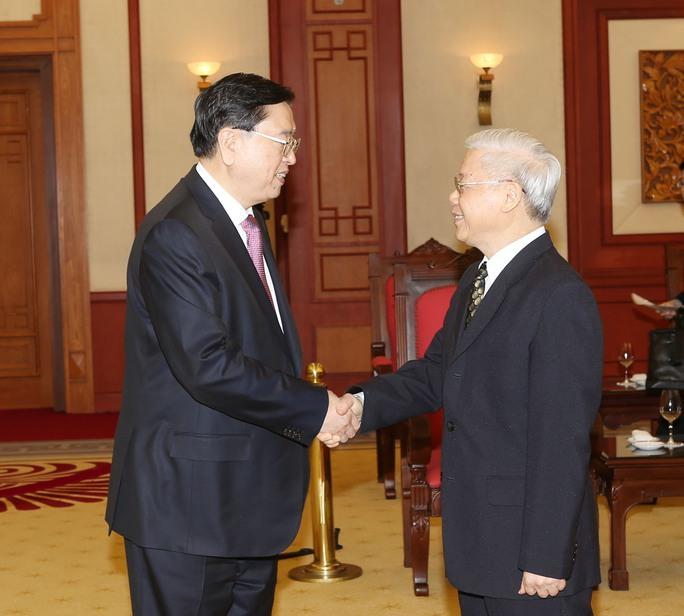 Tổng Bí thư Nguyễn Phú Trọng và ông Trương Đức Giang tại buổi tiếp. Ảnh: TTXVN