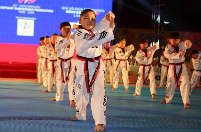 Nữ võ sĩ nhí đến từ Hàn Quốc